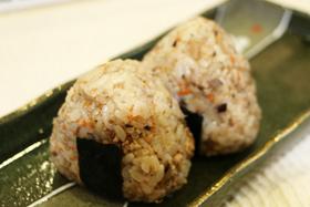 グランプリ「ゆずコショー風味の混ぜごはんおにぎり」菊池泰子さん